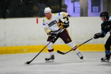 Dream start as Longstaff inspires Warriors to opening day victory